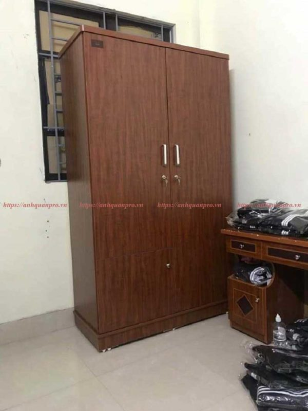Tủ quần áo TGCN12 có giá rẻ , thiết kế đơn giản .